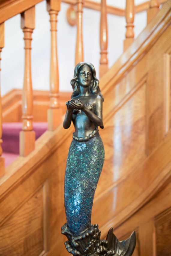 mermaid-statue